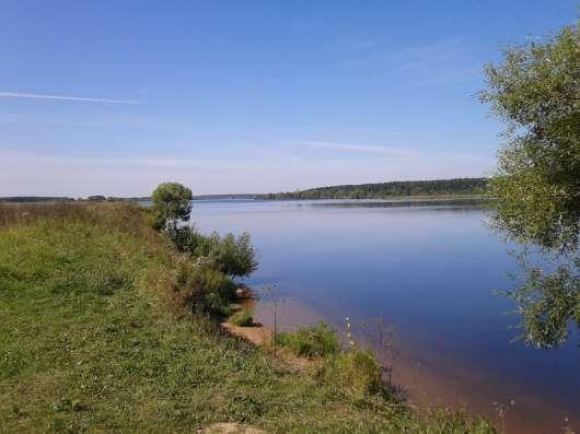 Участок с соснами на берегу р. Волга. Свой пляж д. Игуменка