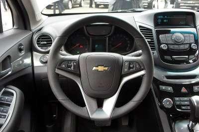 подержанный автомобиль Chevrolet Орландо