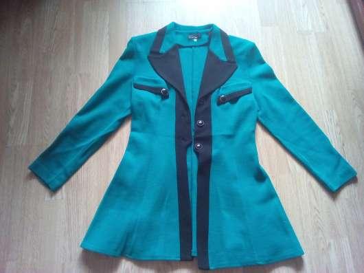 Одежда: пиджаки 48 размер в хорошем состоянии продам