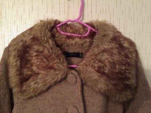 Пальто демисезонное Zara. Размер S