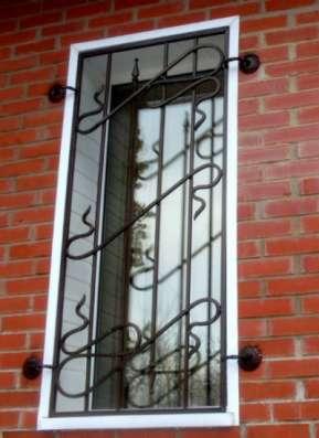 "Решетки  на окна ""ГРАД"" (круг, квадрат)"