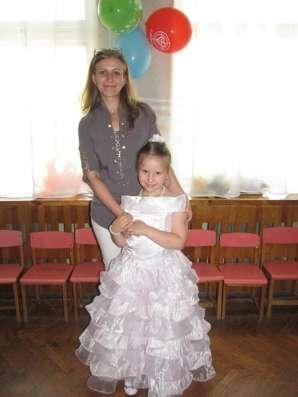 Бело-розовое платье для выпускного в д\с