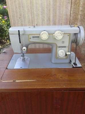Швейная машинка (ножная) в г. Шахты Фото 3
