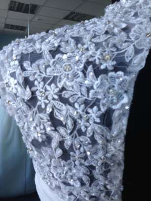 Пышное свадебное платье со шлейфом и маечкой в Москве Фото 5
