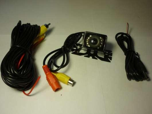 Камера заднего вида с 9 ИК диодами подсветки