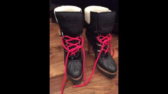 Продать обувь