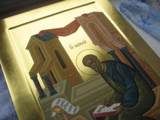 икона храмовая.На золоте.Евангелист Матфей