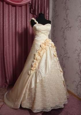 Оригинальное свадебное платье в г. Симферополь Фото 4