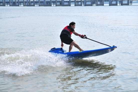 Сёрфинг с мотором