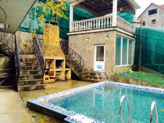 Коттедж в Сочи с бассейном