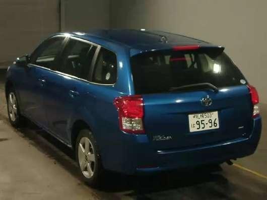 Toyota Corolla Fielder полноприводный универсал