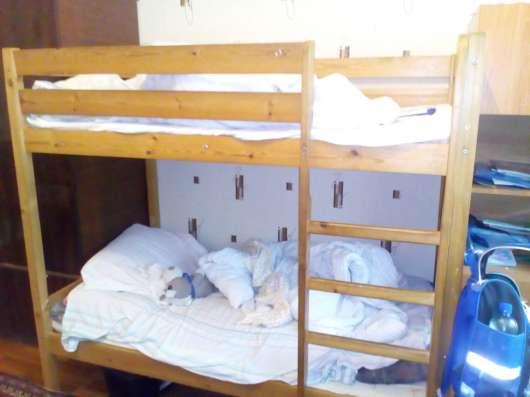 Продам диван и двухъярусную кровать