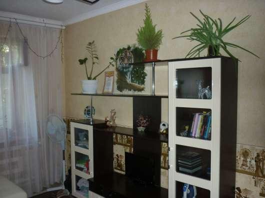 Продам 2-комнатную квартиру, ул. Заводская
