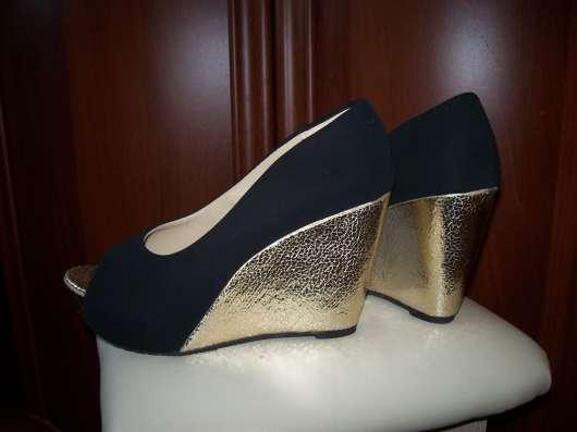 Черные туфли на платформе, размер 36-37