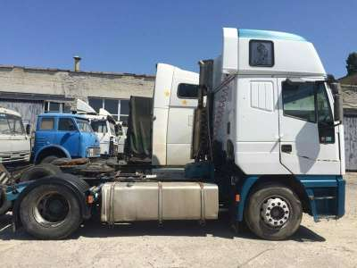 седельный тягач Iveco 440E43