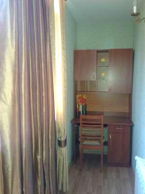 Сдается длительно 2х комнатная квартира пр Острякова 41