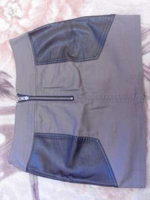 Продаю платье, юбку и джинсы в Москве Фото 3