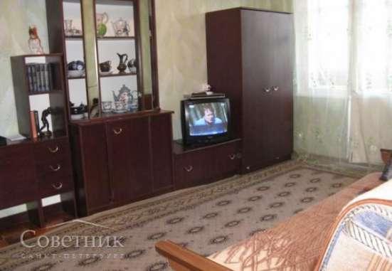 Сдаю комнату, Калининский р-н, Бутлерова ул., 30