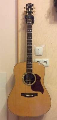 Продам Gibson - электро акустическая гитара. С кофром