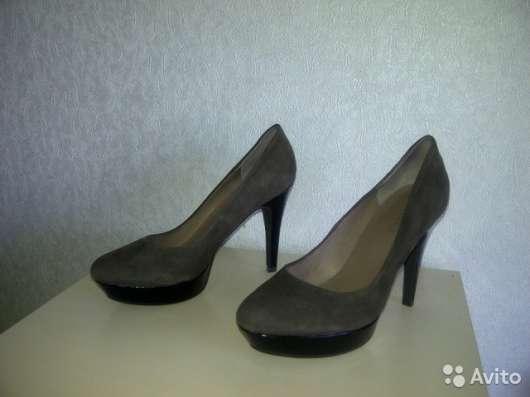 Продаю новые женские туфли, фирма