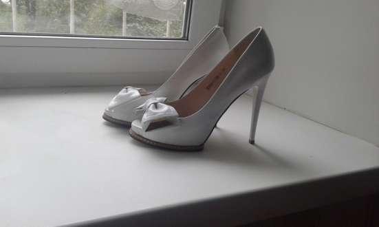 Продаем свадебное платье и туфли