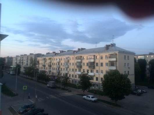 Сдам 2-х комн. кв. ру центр города, ул. Ленина