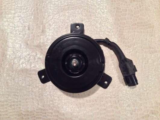 Мотор вентилятора охлаждения 253862D000 Hyundai Elantra
