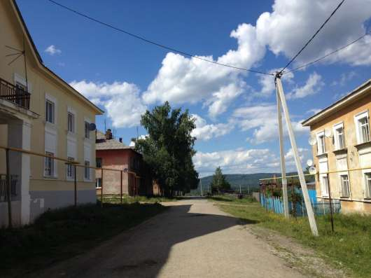 3к. квартира Кировоградскаяобл. п. Левиха
