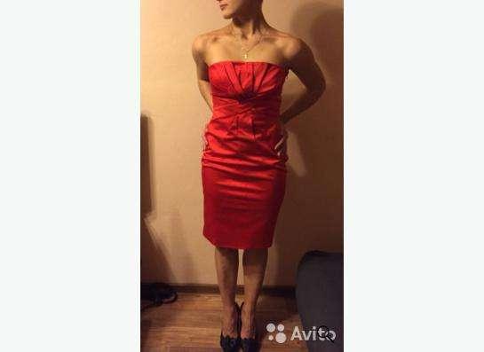 Платье вечернее, торг уместен