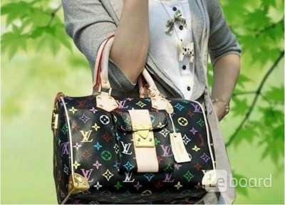Луи витон сумки черные с разноцветными буквами